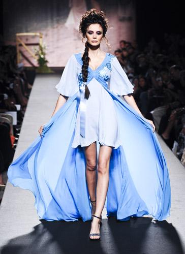 Velo azzurro Scuola di moda Ida Ferri, Autunno Inverno 2011 2012