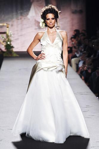 Scollo all'americana Scuola di moda Ida Ferri, Autunno Inverno 2011 2012