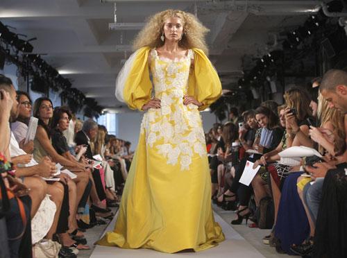 Oscar de la Renta abito giallo ricami