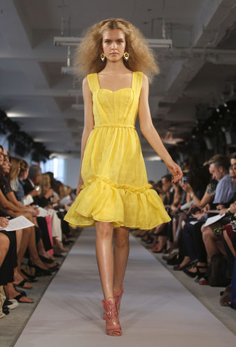 Oscar de la Renta abito giallo