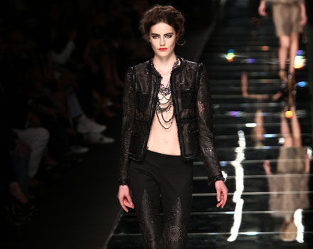 John Richmond: giacca pelle - pantaloni skinny