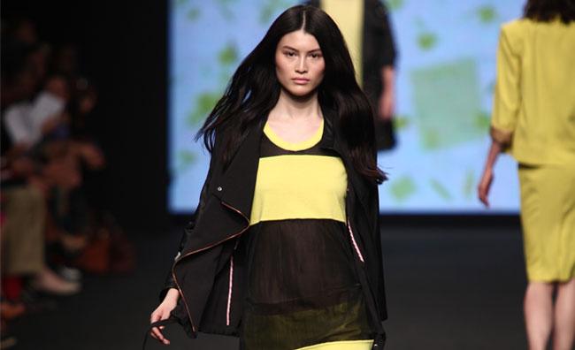 Sportswear sensuale per C'N'C'