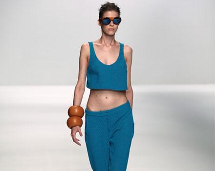 Alviero Martini: maxi bracciali - pantaloni - top