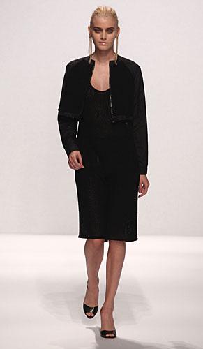 Alviero Martini: abito nero giacchina