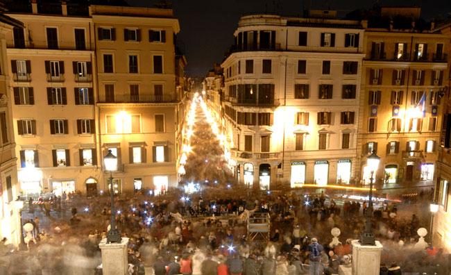 Via Condotti Piazza di Spagna Roma