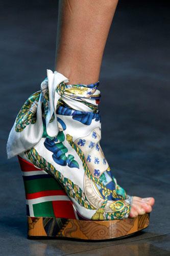 D&G: Scarpe tacco con foulard