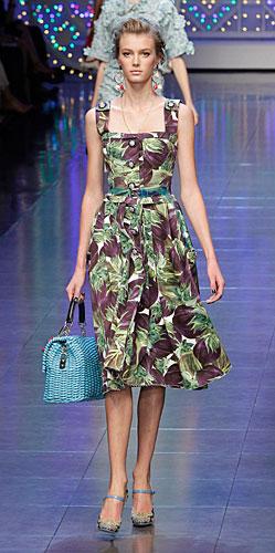 Dolce & Gabbana: borsa a mano azzurra - Scarpe con il tacco