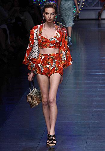 Dolce & Gabbana: Completo giacca - shorts palloncino