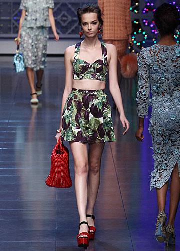 Dolce  amp  Gabbana  Gonna palloncino - top fantasia 180ca64b9b1