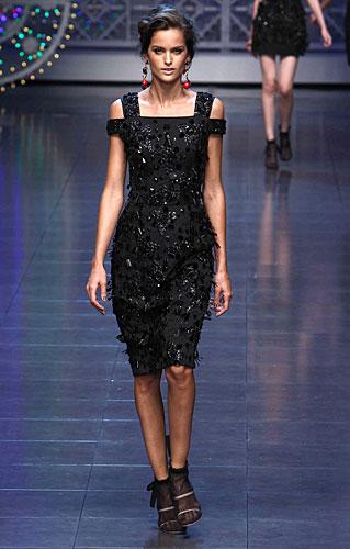 Dolce & Gabbana: Abito nero frange