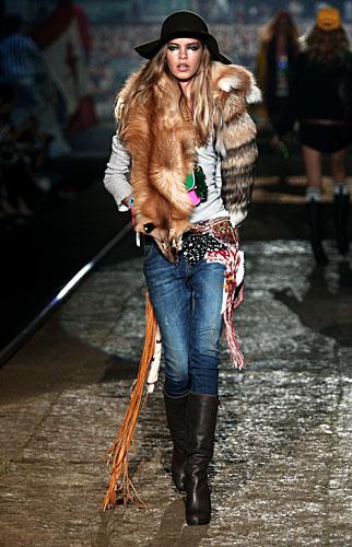 Dsquared2: Cappello - pelliccia - jeans