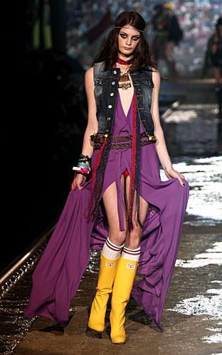 Dsquared2: Abito lungo spacco viola - gilet