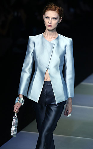 Giorgio Armani: Giacca - pantaloni - anello