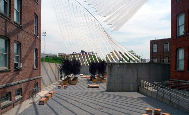 Lo spazio esterno del PS1 di New York si trasforma