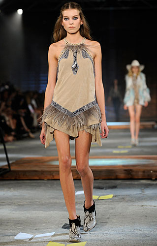 Just Cavalli: abito corto frange squaw