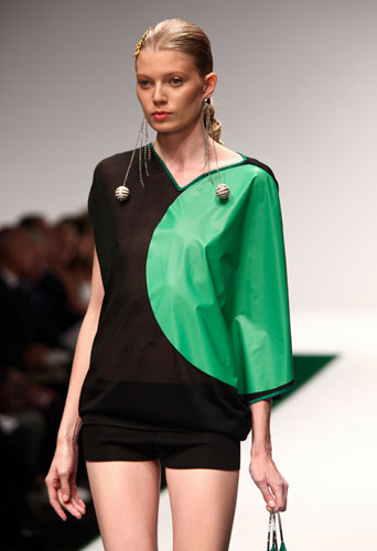 Krizia: abito bicolore verde nero