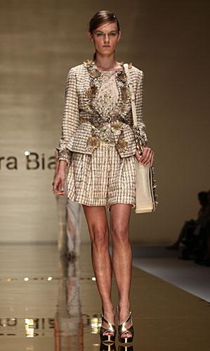 Laura Biagiotti: completo giacca bermuda - borsa