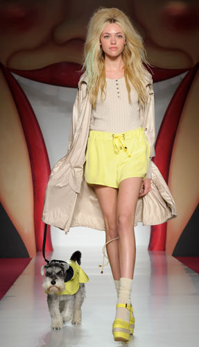 Mulberry: trench e short giallo