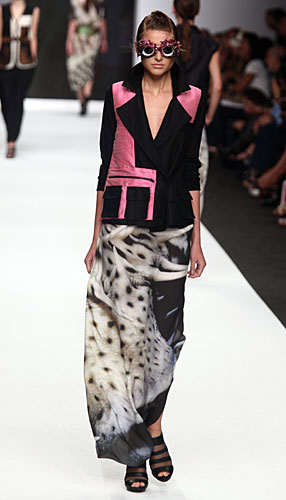 Francesca Liberatore: Giacca rosa nero - gonna lunga