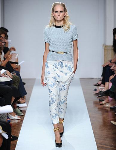 .normaluisa: Maglia - cintura in vita - pantaloni fiori