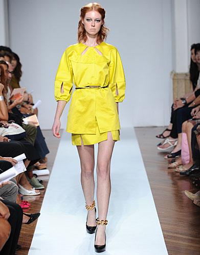 .normaluisa: Abito giallo maniche palloncino - cintura