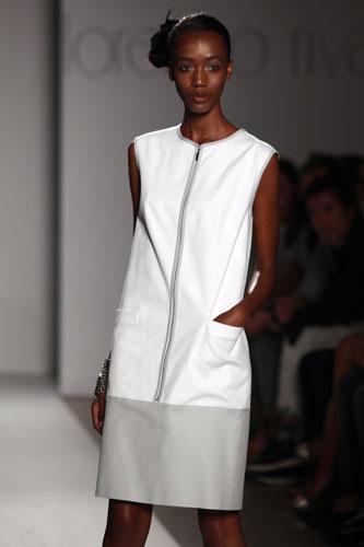 Lorenzo Riva vestito bianco