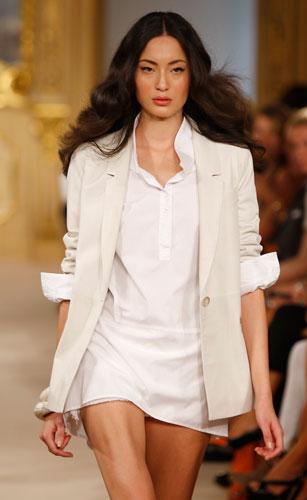 Simonetta Ravizza: Mini abito bianco - Giacca beige