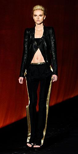Roberto Cavalli: Top fascia - giacca - pantaloni striscia oro