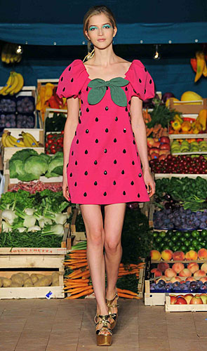 Abito fragola Moschino Cheap and Chic