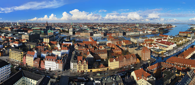 Copenaghen alternativa: giro città con l'Hummer