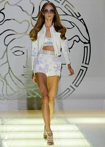 Versace: completo pantalone corto stampa