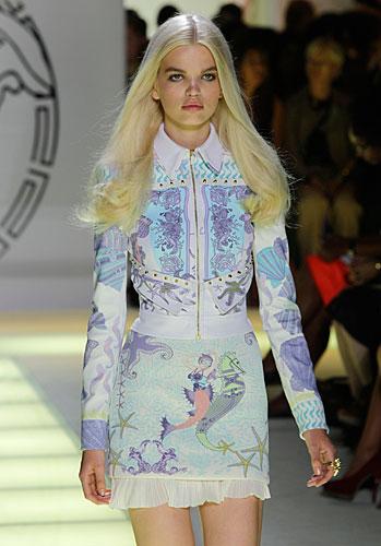 Versace: giacca chiusura zip - gonna fantasia