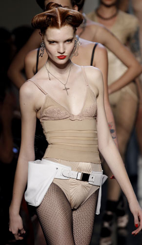 Jean Paul Gaultier, completo intimo