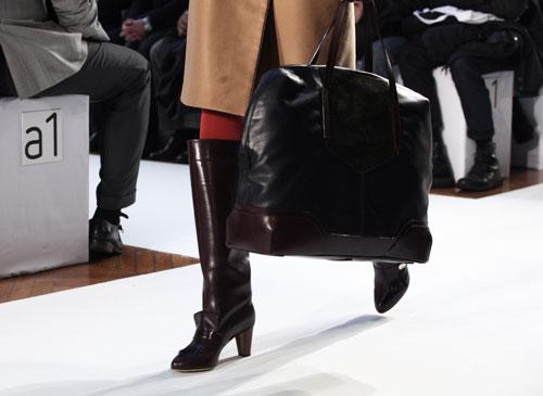 Stivali in pelle nera Mila Schon