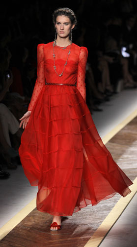 Valentino, abito rosso