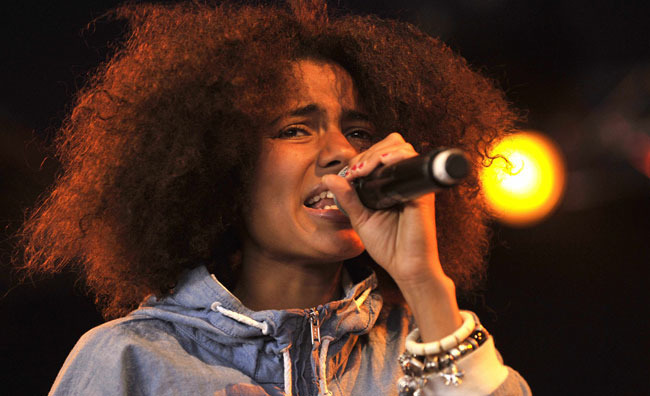 Nneka in concerto