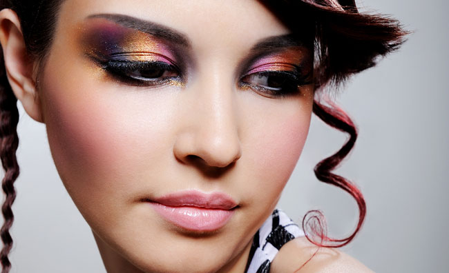 Make-up oro e viola
