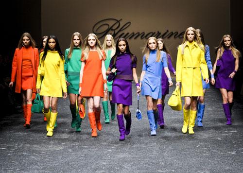 Mini abiti colorati Blumarine