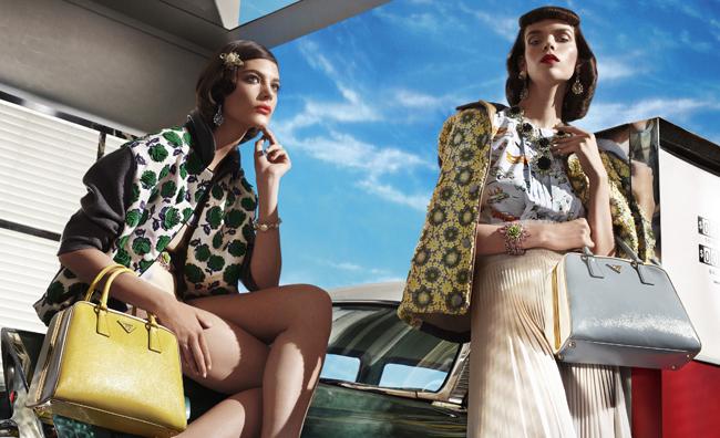 Sole e ottimismo: la nuova campagna Prada
