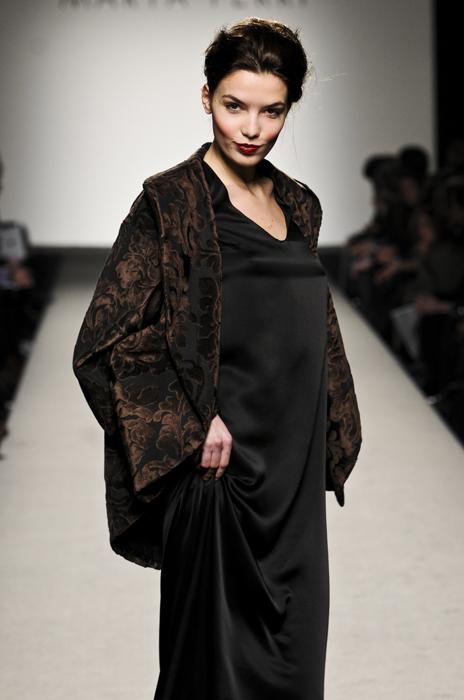 Marta Ferri abito nero