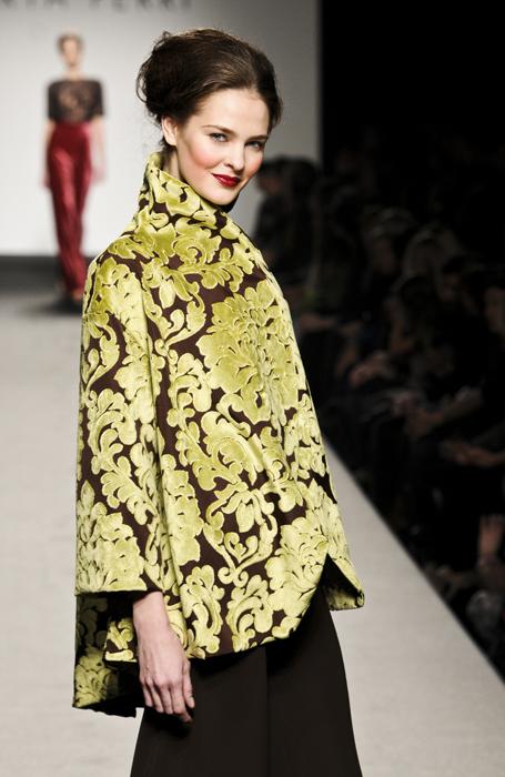Marta Ferri giacca con arabeschi