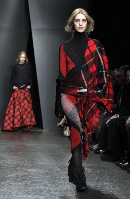 Donna Karan - maglia scozzese con collo alto