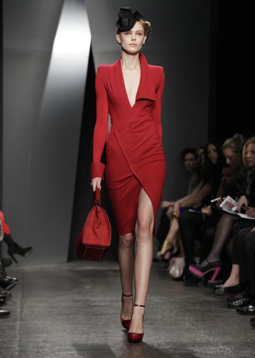 Donna Karan - abito rosso con spacco
