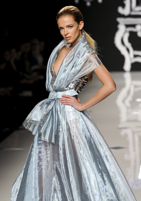 Nostalgia Couture: i romantici anni '50 di Mahfouz