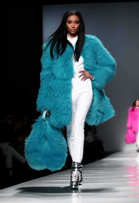Blumarine 2012 2013 - maxi pelliccia azzurro