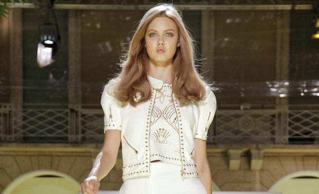 Da Donatella a Barbie, il mare ispira la moda