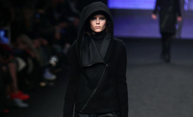 C'N'C' Costume National: donne nella metropoli