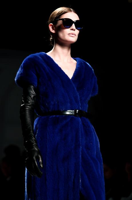 Alberta Ferretti 2012 2013 Abito Pelliccia Blu