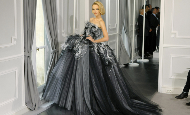 Dior Couture abito da sera con piume