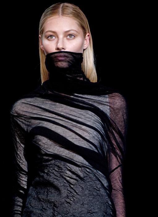 Alexander Wang - maglia collo alto trasparente